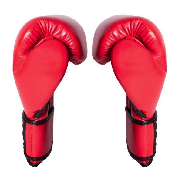Guantes de entrenamiento de boxeo rojos